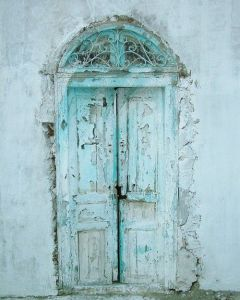 blue chippy door