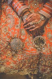 henna_sari
