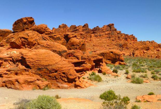 red rock landscape_Tom Seliskar