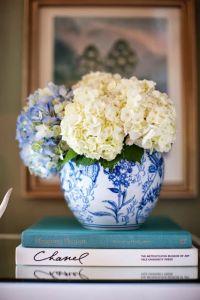 blue_white vase