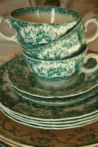 green tea cups