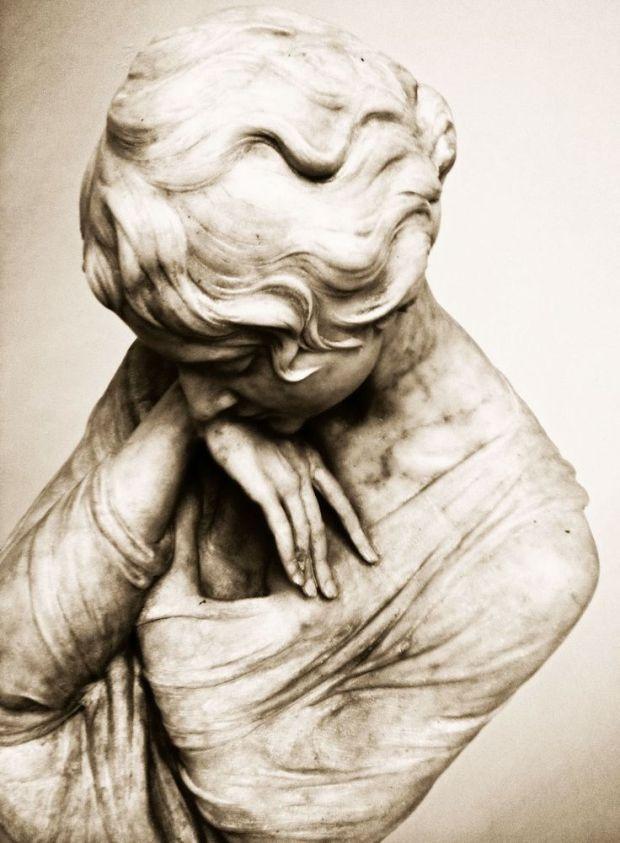 inward statue