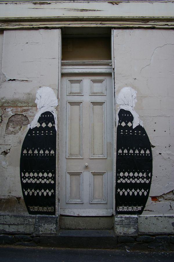 bw unique doorway