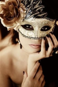 gold and black mask for the ball