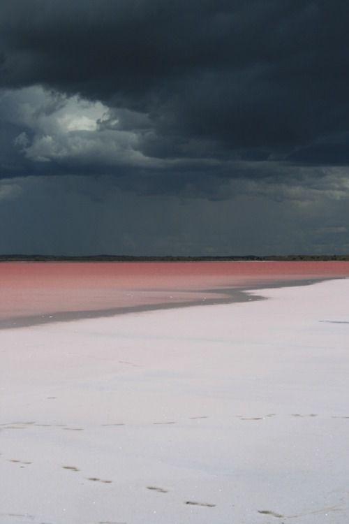 pink sand_Australia