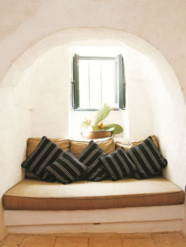 BEAUTIFUL RESTORED TRULLI IN PUGLIA, ITALY_THE STYLE FILES