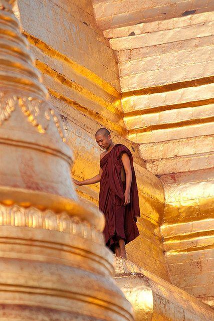 Shwedagon, Yangon, Myanmar (Burma) by Loïc BROHARD