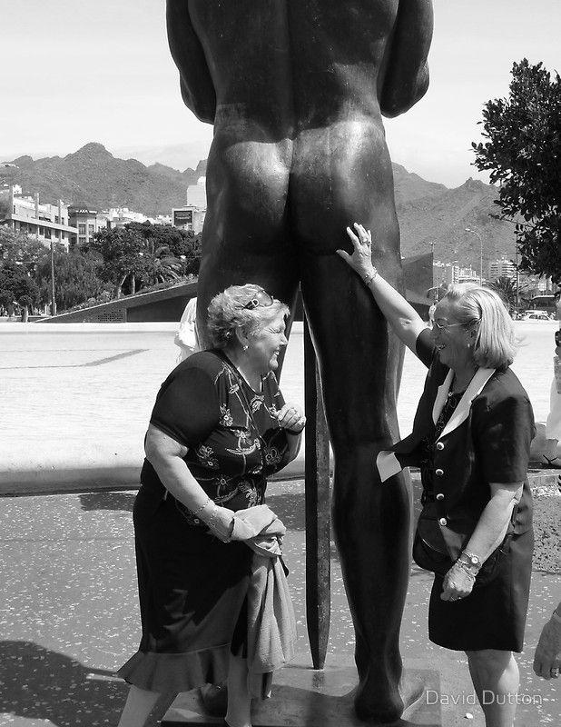 Фото старухи мамы голые раком