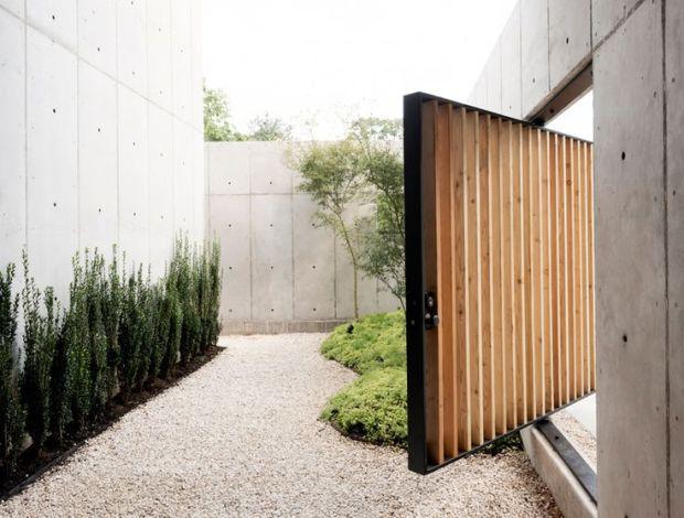 christopher-robertson-concrete-box-house-texas-designboom