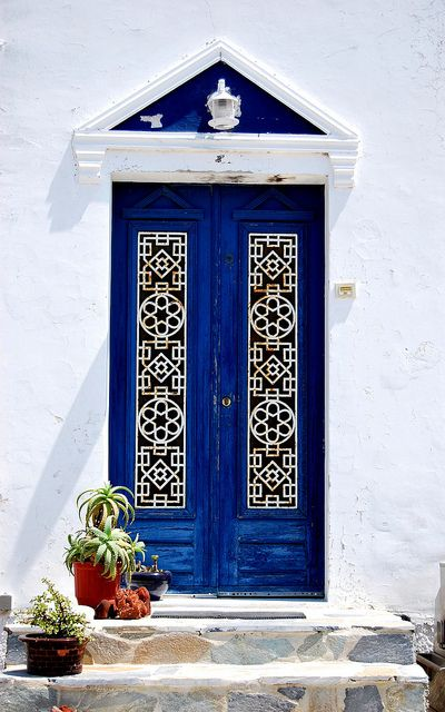 greek door via Tumblr