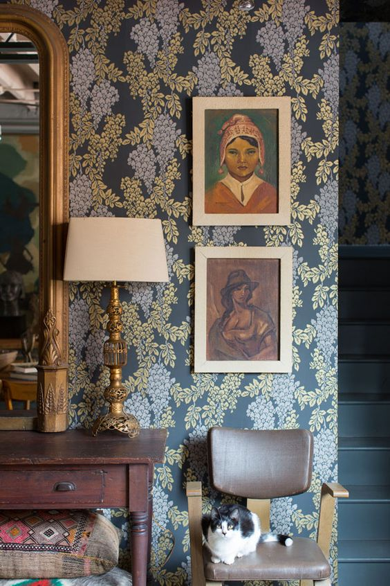 Farrow & Ball wallpaper via gardenandgundotcom