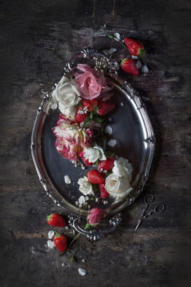 Three Roses Strawberry Pistachio Bavarese, Hortus Natural Cooking - Naturally Italian