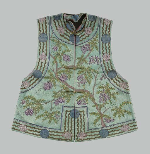 A TURQUOISE EMBROIDERED SILK VEST LATE QING DYNASTY