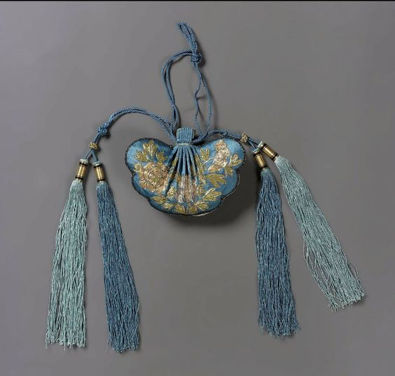 Purse Chinese, Qing dynasty, 1870–80 via MFA Boston