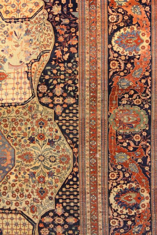 ANTIQUE KASHAN MOHTASHAM via Petitcabinetdecuriosites