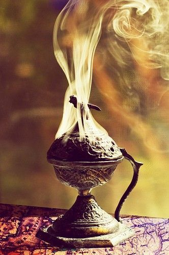Smoking incense burner, photo by Laura George on Getty Images