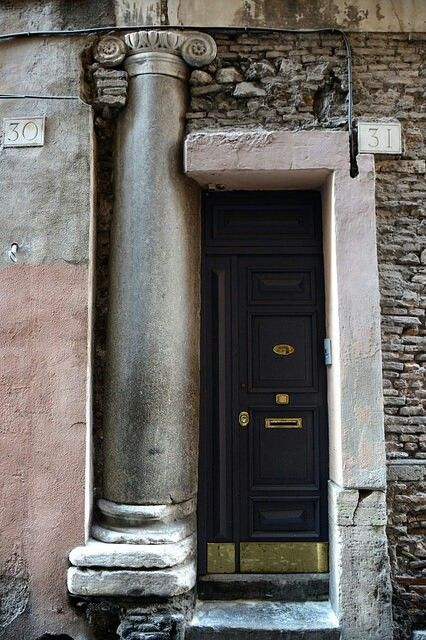 Via Capo di Ferro, Rome via flickrdotcom