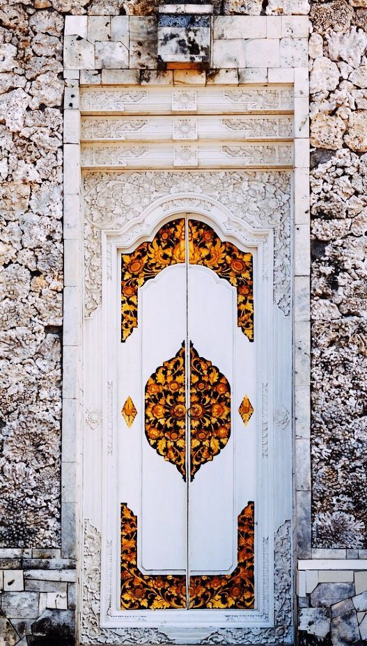 Door in Bali via Flickr