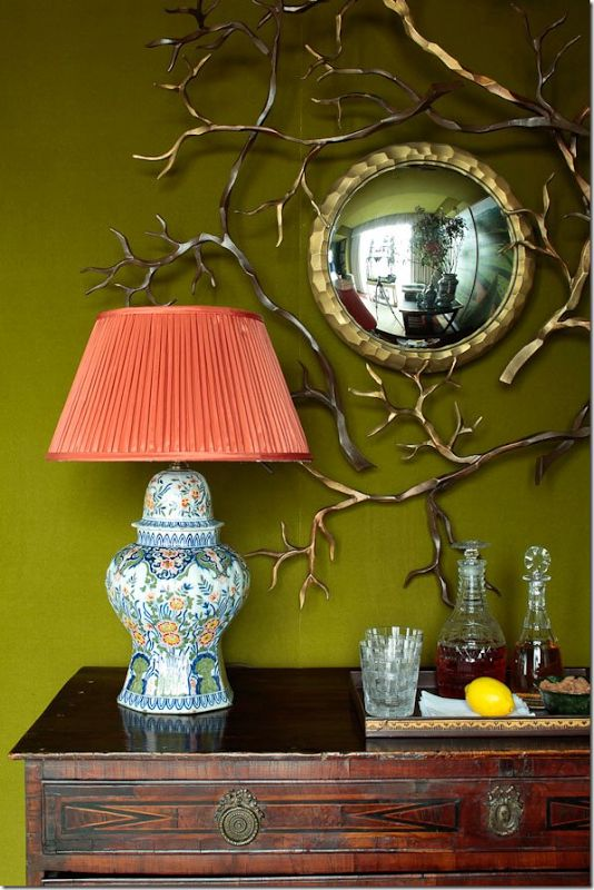 polychrome-delft-lamp-charlotte-moss