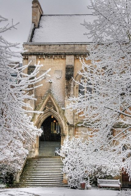 balliol-hall-in-snow-oxford-university-england
