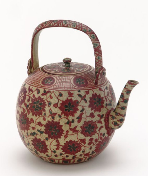 kenzan-style-ewer-with-design-of-floral-scrolls-edo-via-petitcabinetdecuriosites